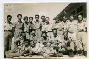 Αναμνηστική φωτογραφία από το παράπηγμα τον Ιούλιο 1955