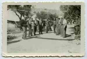 Γιορτή στο Στρατόπεδο για την 25η Μαρτίου 1947