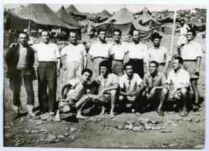 Πολιτικοί εξόριστοι στο Στρατόπεδο Πειθαρχημένης Διαβίωσης (Τρισανέμι)