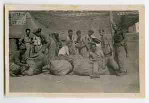 Συνεργείο τσαγκαράδων: Μπάλωμα των σκηνών