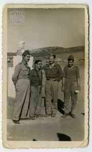 Ομάδα σκαπανέων μπροστά στον 4ο λόχο – Α' Τάγματος