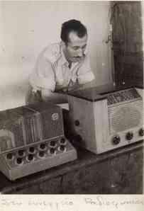 Στο συνεργείο ραδιοφωνίας